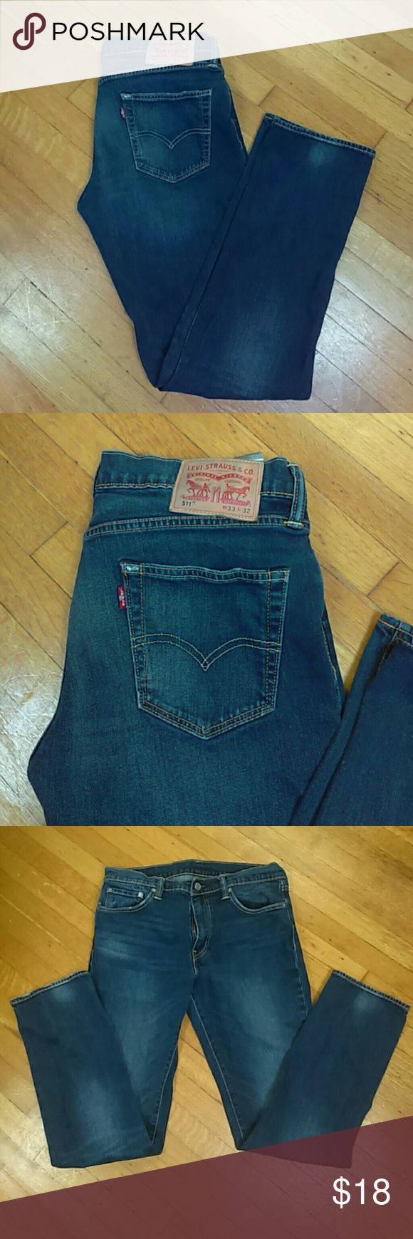🎇SALE 🎆 Men's Levi's 511 Blue Jeans These are great jeans in really good condition. There's a tiny bit of the start of fraying that can be seen in the photos. W33 L32 Levi's Jeans