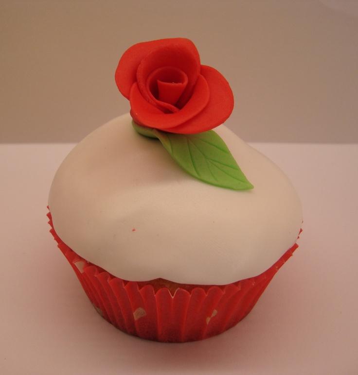 13 cupcakes