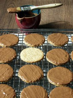 Mrs. Graham's Chocolate Biscuits from Dragonfly in Amber | Outlander Kitchen