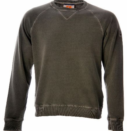 Hugo Boss Wheel Sweatshirt Khaki Hugo Boss Wheel Sweatshirt Khaki is a Urban sweatshirt from BOSS Orange with a round neck and casual top stitching. The pure sweat cotton fabric features a toweling finish on the inside while the clas http://www.comparestoreprices.co.uk/designer-sweatshirts/hugo-boss-wheel-sweatshirt-khaki.asp