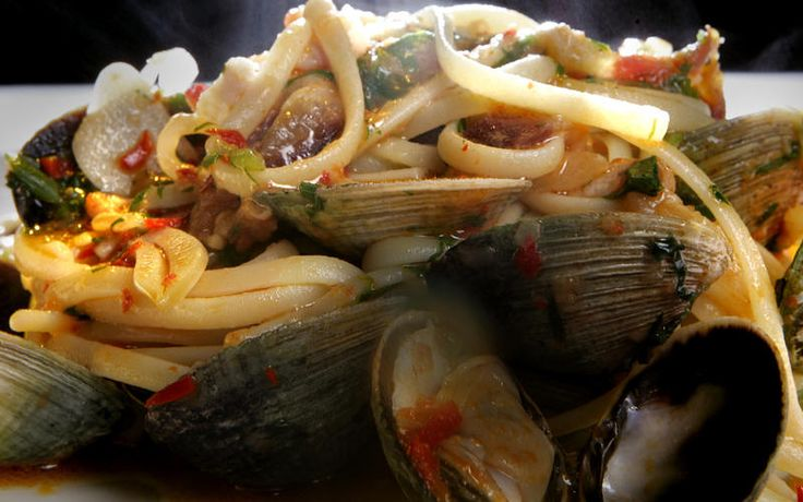 Linguine with clams, pancetta and chiles | Recipe
