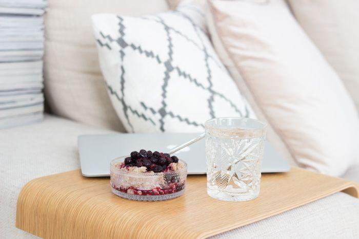 Porridge and blackcurrant, Hobstar glass / www.livinupanotch.com