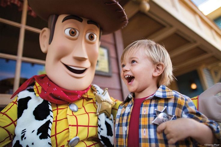 FREE Memory Maker This Fall with Disney World Vacation Packages #wdw #disney #memorymaker #traveldeals #disneyworld