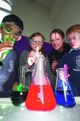 Chemistry ExperimentsScience Pro, Schools Ideas, Boys, Science Experiments, Education Fun, Science Teachers, Pre Schools, Activities, Chemistry Experiments Repin