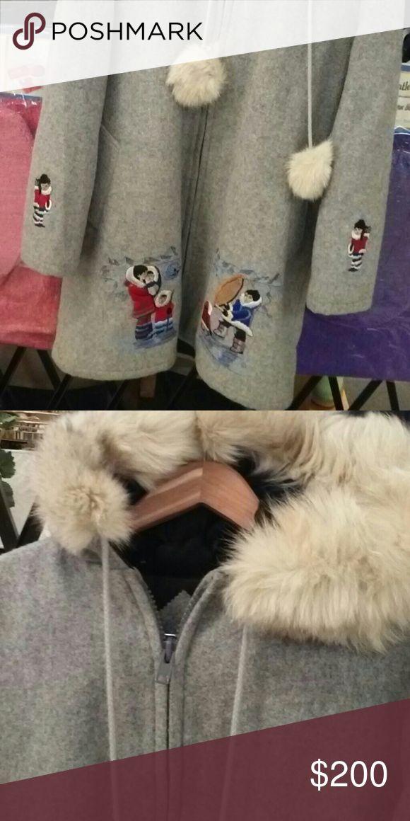 Ladies winter coat Wool with fur hood mink size large Jackets & Coats Pea Coats