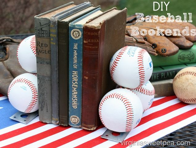 Baseball Bookends - This blog post has a tutorial to teach you to make your own…