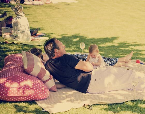 Stellenbosch with kids. Warwick Wine. Gourmet picnic with fountain and water feature for kids to play.