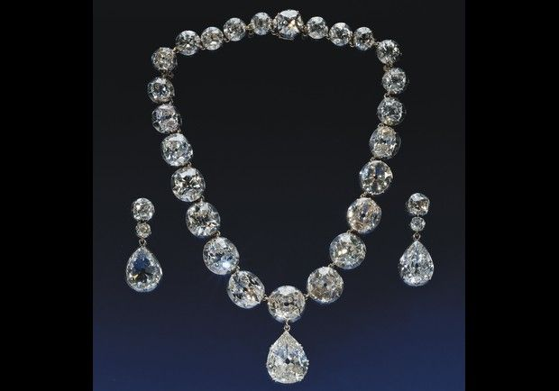 Coronation Necklace and Earrings, made for Queen Victoria in 1858 by R Garrard & Co. The Royal Collection. The necklace and diamond drop earrings acquired its name from having been worn at the coronations as Queens Consort of Queen Alexandra in 1901, Queen Mary in 1911, Queen Elizabeth in 1937 and at the coronation of Queen Elizabeth in 1953.: Queen Elizabeth, Coronation Necklace, Queen Victoria, Crown Jewels, Queens, Diamonds, Necklaces, Royal Jewels