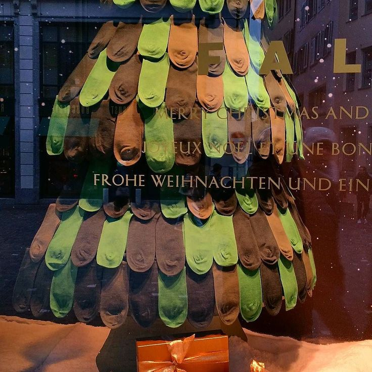 The #mostprecious and #interesting and #versatile and #useful and #sustainable and #notable as well #beautiful #christmastree I have #ever seen ; the #beauty of  #socks #stilllife #meditation on #footwears #lifestyle #design #windowshopping #urban #aera #travelling #journey #tourism #switzerland #attraction #zürich #rennweg