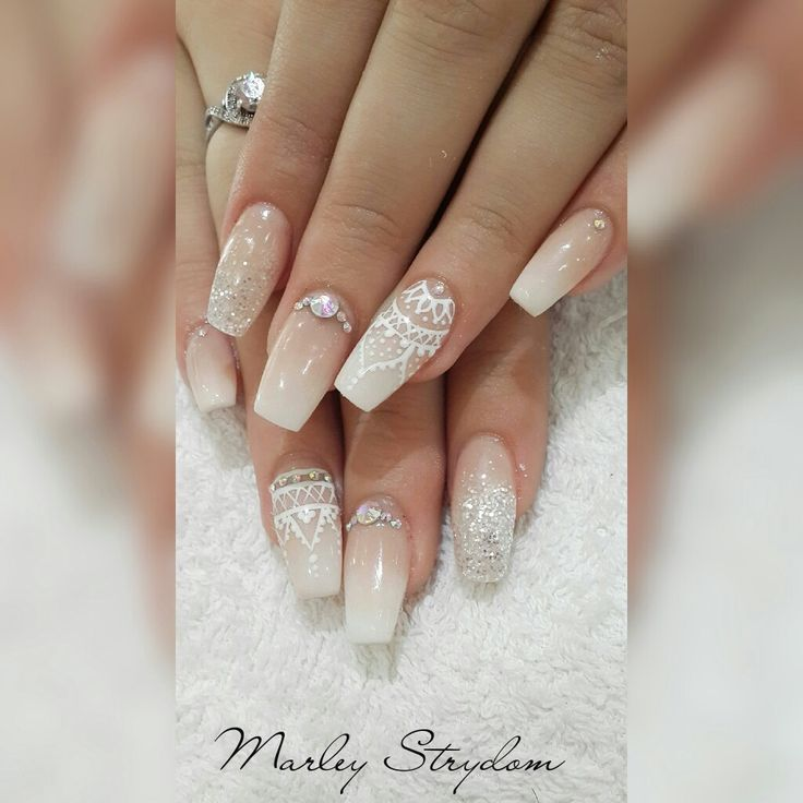 Bling nude