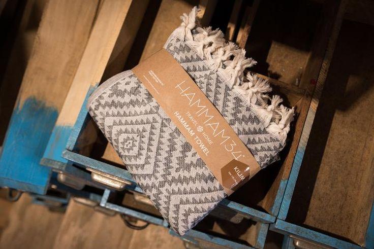 Ontdek de mooie katoenen hammam handdoeken van Hammam34 Kilim! Deze zijn met de hand geweven en kunnen gebruikt worden als deken of handdoek. Mooi cadeau!