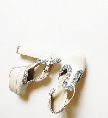pantofi toc gros: 12cm platforma la vedere: 3cm pret: 290 RON pt comenzi: incaltamintedinpiele@gmail.com