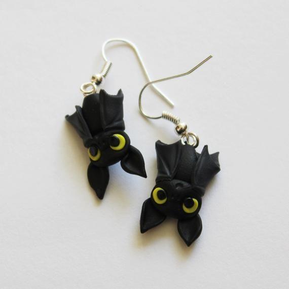 Bats earrings handmade in polymer clay fimo