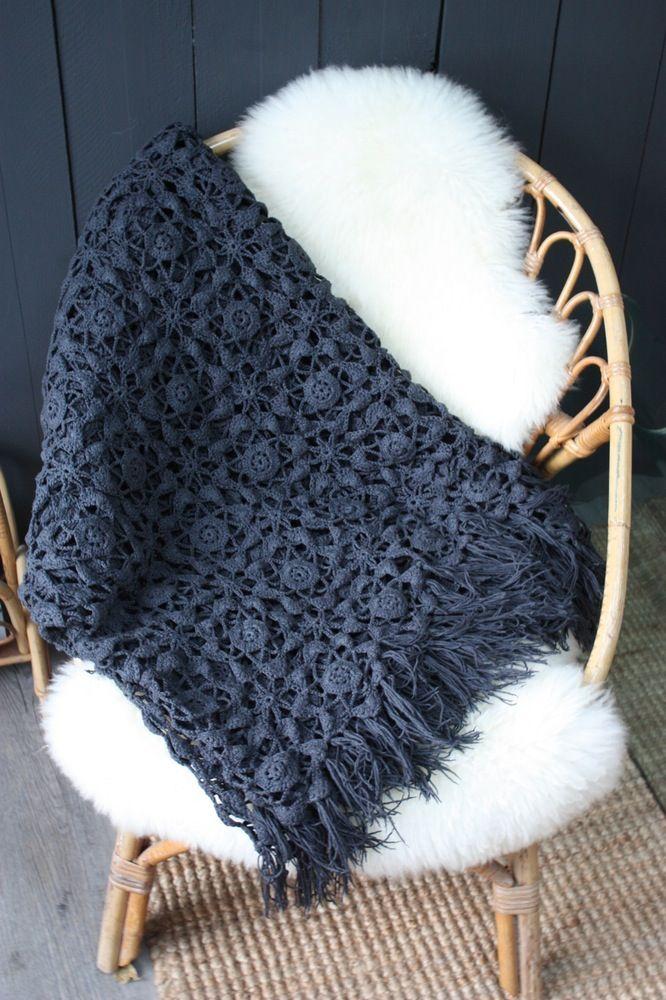 superbe couvre lit ou plaid ancien crochet main et teint dans un beau gris ardoise tr s joli. Black Bedroom Furniture Sets. Home Design Ideas