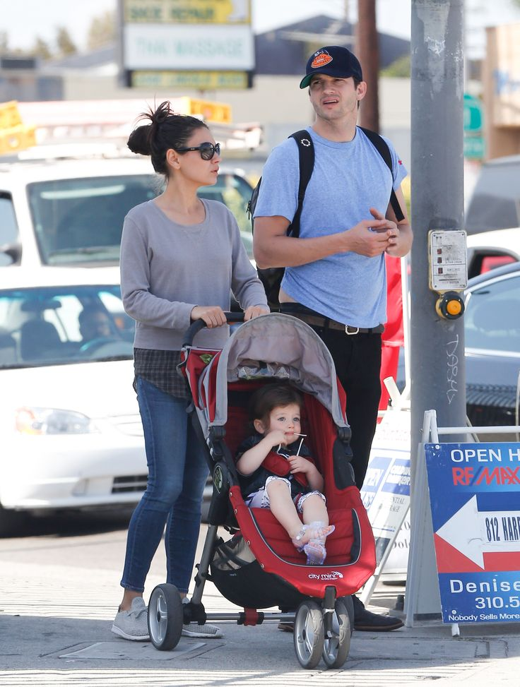 Mila Kunis & Ashton Kutcher's Day Out With Daughter - http://site.celebritybabyscoop.com/cbs/2016/05/05/kunis-ashton-kutchers-daughter #AshtonKutcher, #BadMoms, #MilaKunis, #SundayFunday, #WyattKutcher