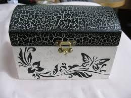 Resultado de imagem para caixas em mdf decoradas na cor preto e branco