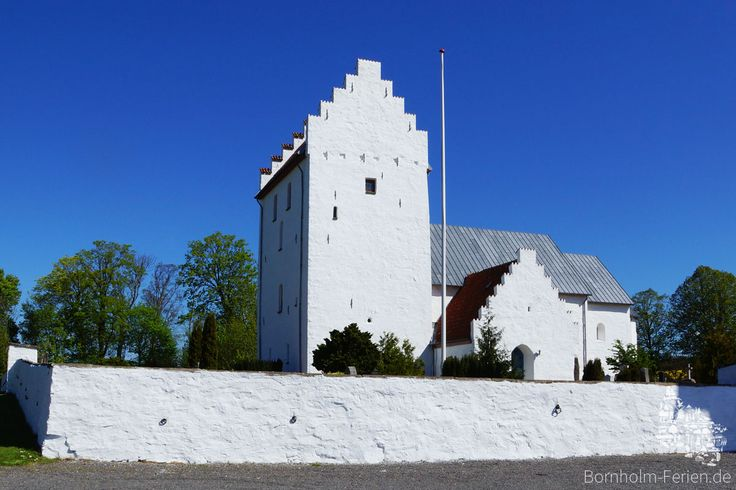 Turm der Sankt Bodils Kirche #bodilsker #bodilskirke #bodilskirche #kirche #kirke #bornholm #daenemark #turm