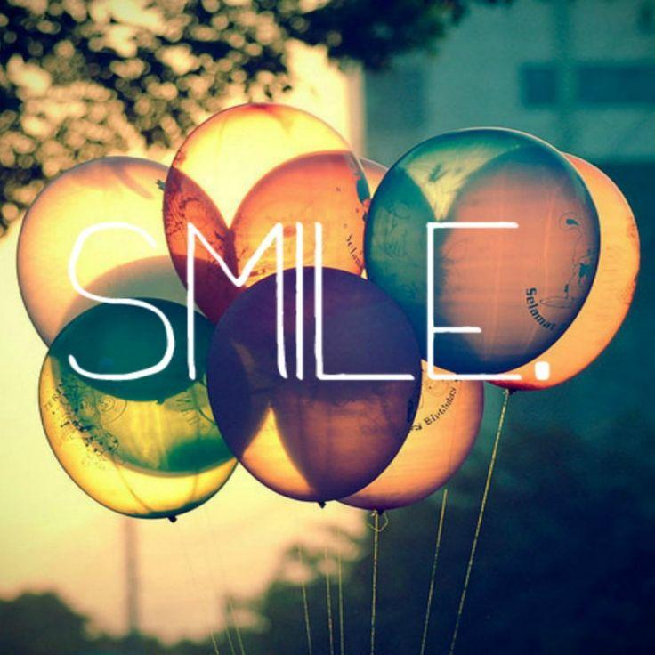 Smile Text Written On Retro Colored Ballons #iPad #Wallpaper HD