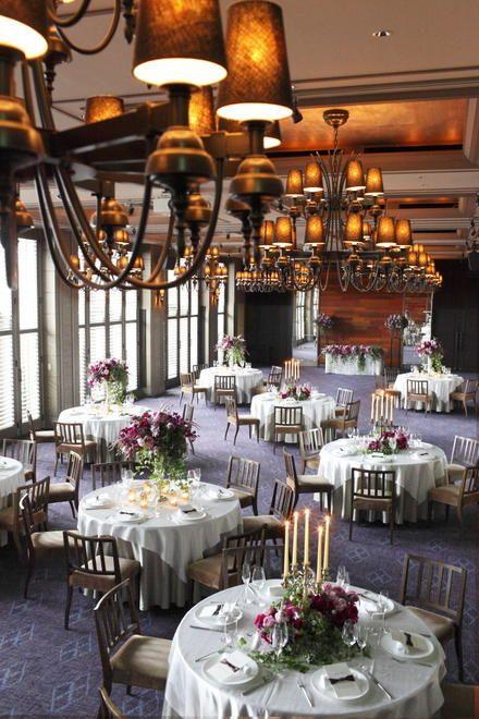 深いカラーの装花にキャンドルで高級感のある空間に *フォーマル・クラシック・オーセンティックな会場装花 一覧*