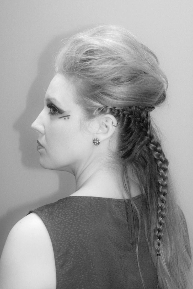 splash hair design and makeup