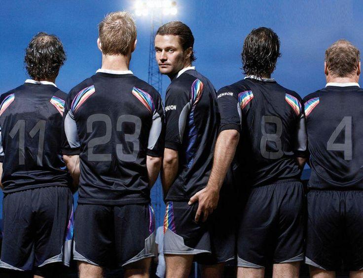 #RiodeJaneiro   Rio Festival Gay De Cinema Highlights.   Eleven Men Out, an Icelandic comedy drama about a football team from director Robert I. Douglas  http://gay-themed-films.com/essential-film-festivals-rio-festival-gay-de-cinema/