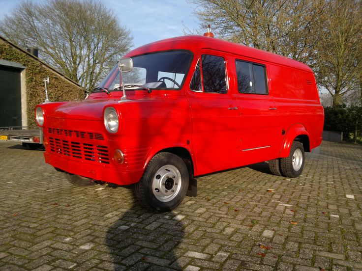 Ford Transit MK1 red with silver