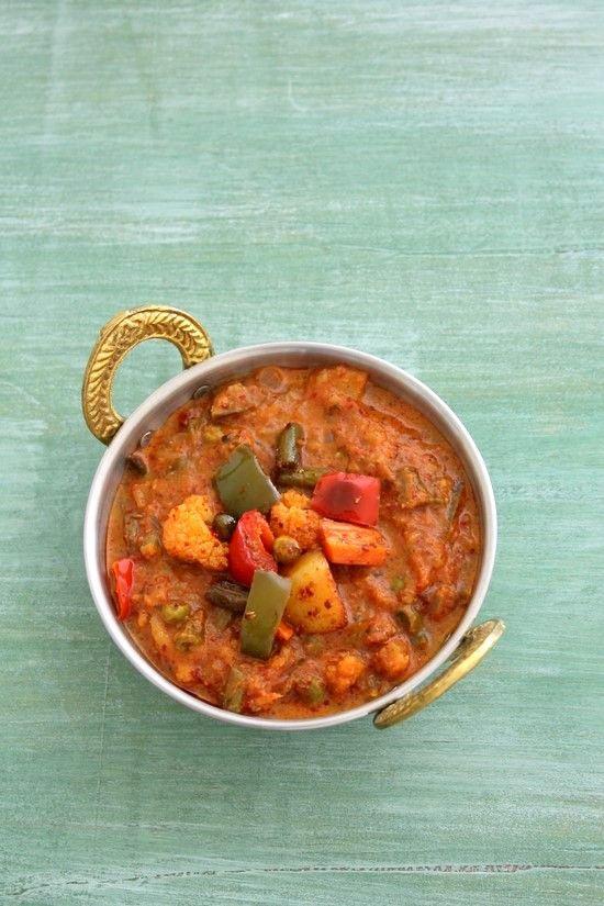 Kadai vegetable recipe with step by step photos - it is delicious tasting, restaurant style veg kadai gravy recipe. Learn how to make veg kadai recipe