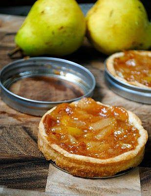 Mini tarts in mason jar lids. Perfect little springform pans for easy removal of mini pies &  tarts.