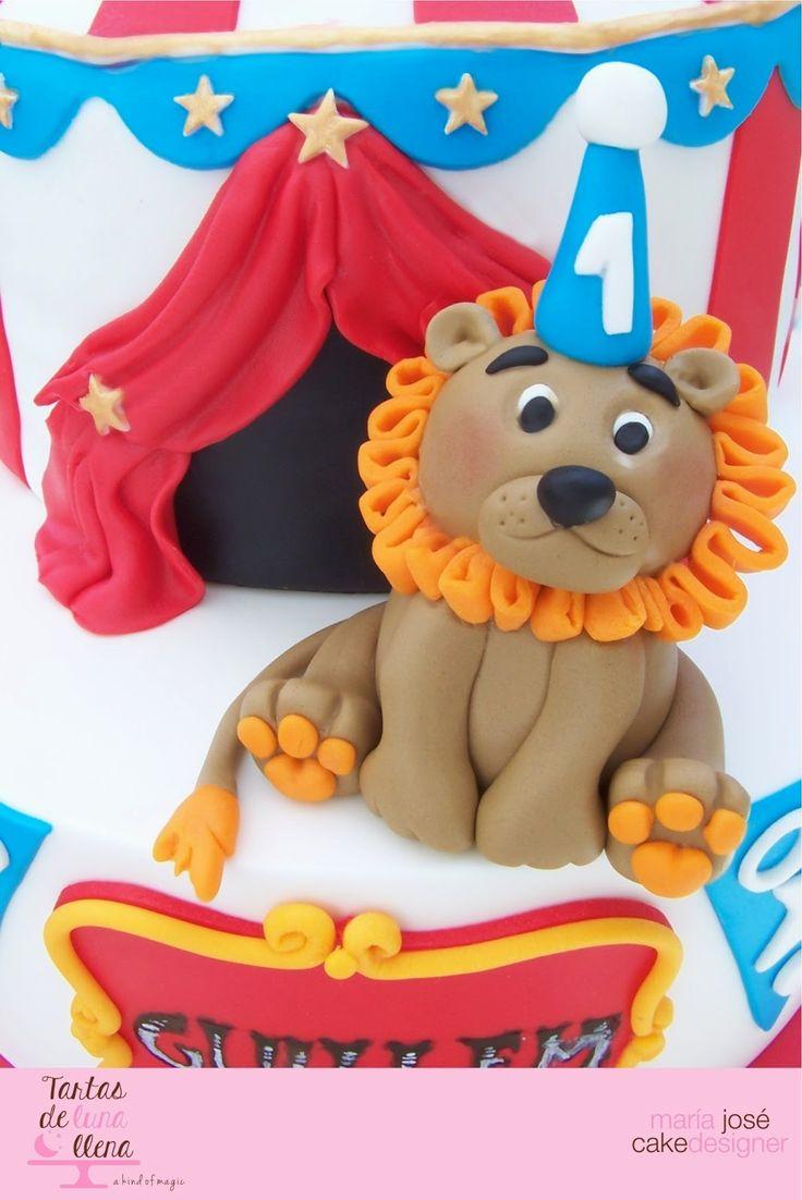 Tartas de luna llena: Tarta Tarde de Circo con León y tutorial como modelar un león - Circus Cake Evening with Lion and how to model a lion tutorial
