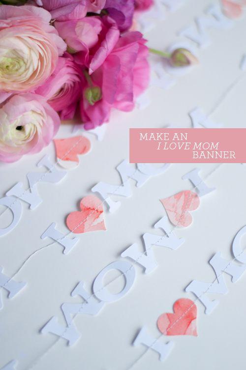 Sweet paper garland just for Mom #DIY #MothersDay | Design Mom
