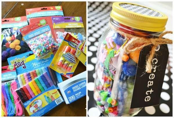 """17 cadeaux géniaux à offrir dans un bocal en verre : le kit/activité """"créa"""" à offrir à Tino & Paloma"""