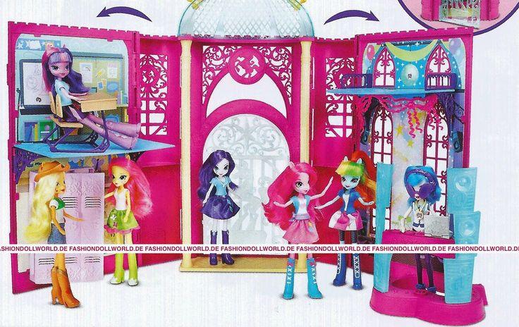 Equestria Girls Canterlot High Playset