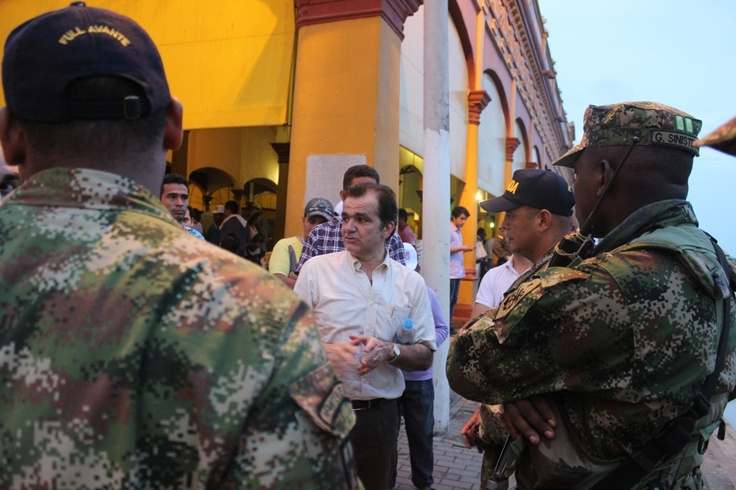 #5Caminos para Colombia: 1. Seguridad democrática y una justicia eficaz y cercana al ciudadano.