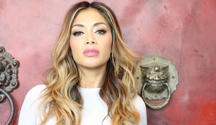 The Pussycat Dolls? Nicole Scherzinger: Loves Hot Water with Ginger