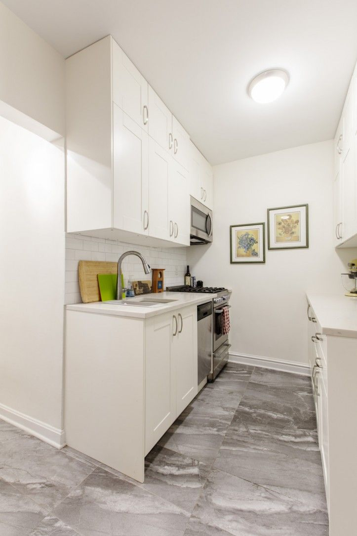 A Kitchen In Queens Maxes Out Its Footprint With Images