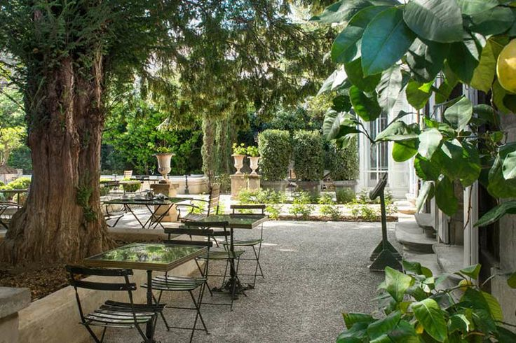 L'Hotel Particulier Arles, a boutique hotel in Arles