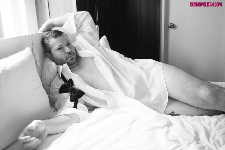17 Photos of Average Joes Recreating Sexy Boudoir Photo Shoots -Cosmopolitan.com