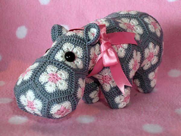African Flower Amigurumi Free : Cute amigurumi crochet hippo! Happypotamus Is Happy ...