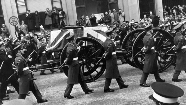 BBC News - The day a nation buried WW2 leader Winston Churchill