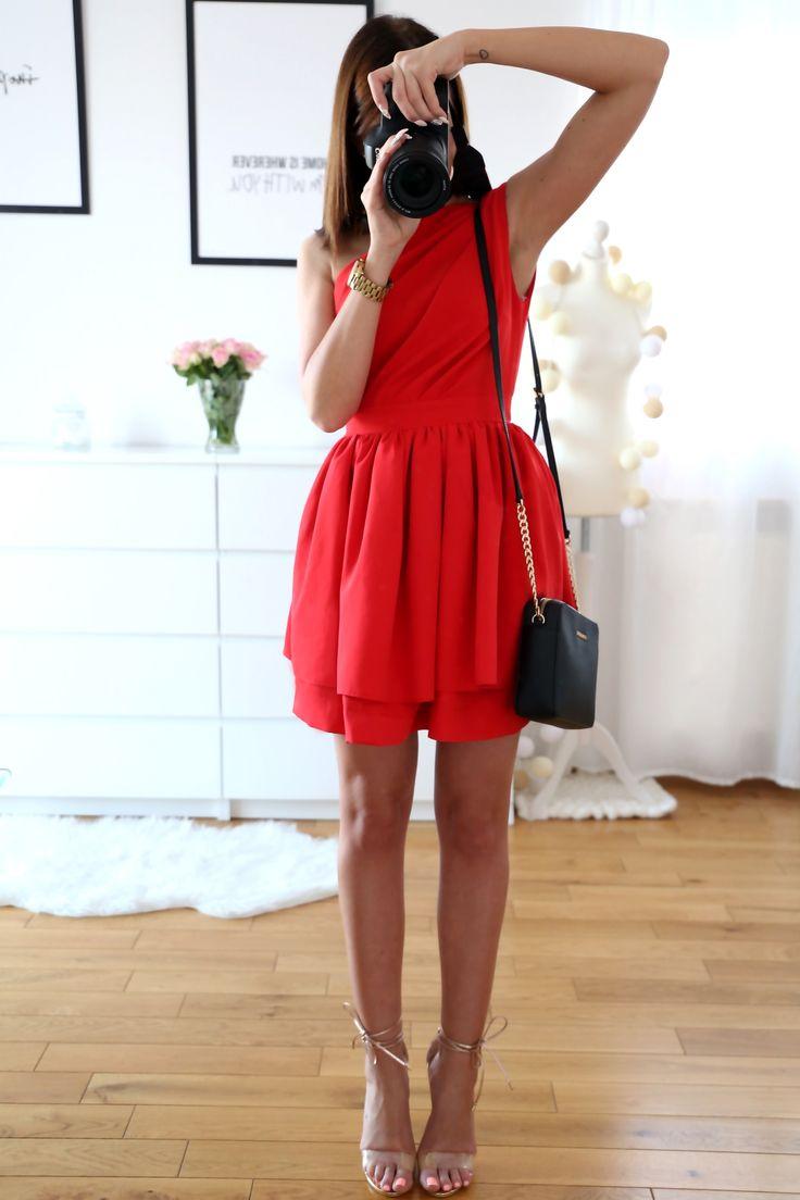 Red dress || more on my blog: www.plaamkaa.pl ♥