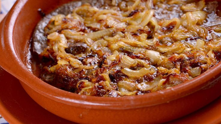 Cook Luis Mokoroa's Onion Veal Liver recipe  – menus dieta