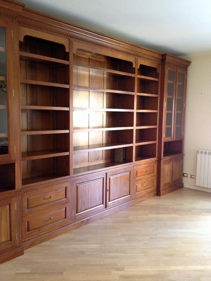 Libreria in legno massello, misure e modelli personalizzati