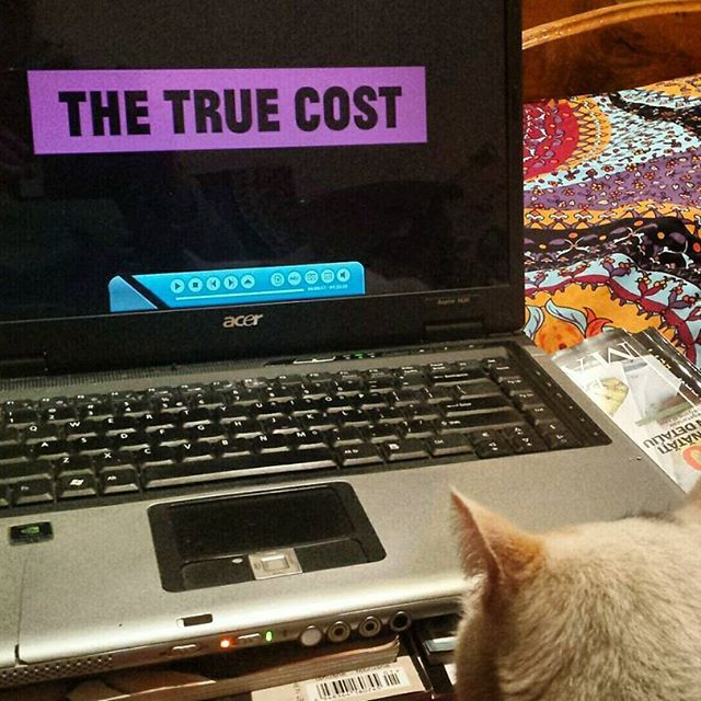 The True Cost is a documentary film that explores the impact of fashion on people and the planet. The price of clothing has been decreasing for decades while the human and environmental costs have grown dramatically. . . . . . #thetruecostmovie #thetruecost  #fastfashion #documentary #clothingwaste #consciousfashion #consciousliving #zoticasun #reuse #reduir #reutilizar #recycling #andrewmorgan #waterfootprint #zerowaste #natural #ecoawareness