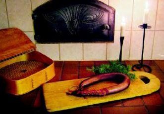 Gamla recept grunden för rökt Hulthorvakorv | www.salsus.se