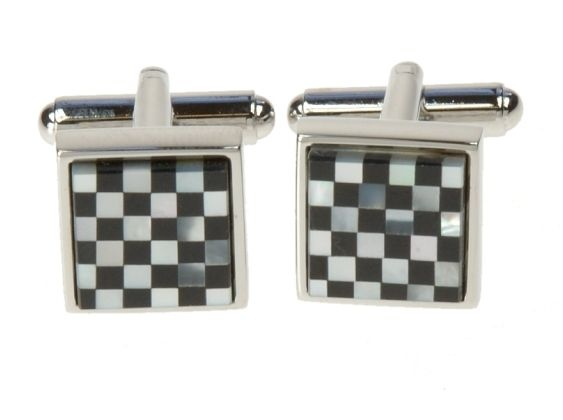 Chess cufflinks by Simon Carter of London (gentleman.fi)