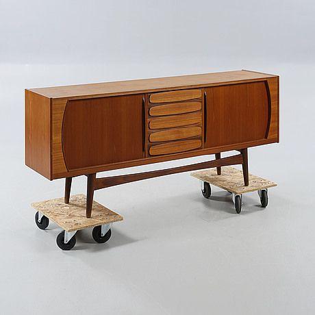 SIDEBOARD, OPE-möbler, 1900-talets tredje kvartal.