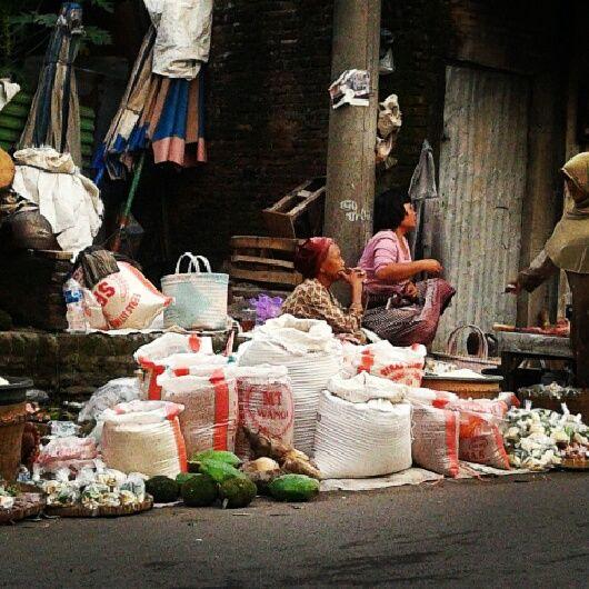Pasar Sidodadi Solo #solo #indonesia #traditionalmarket