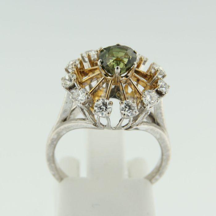 Catawiki Online-Auktionshaus: Bicolor-Goldkrone,Schmuckstück mit grünem Quarz und Diamant im Alteuropäischen Schliff