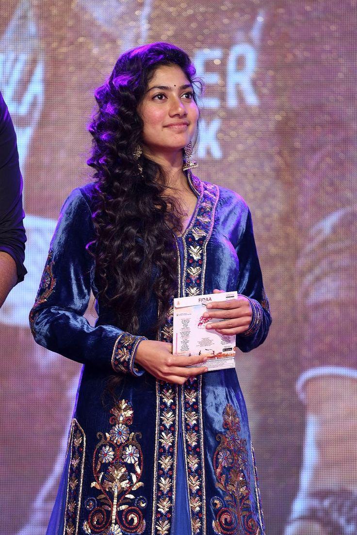 Gorgeous Sai Pallavi At Fidaa Movie Audio Launch  Hottest