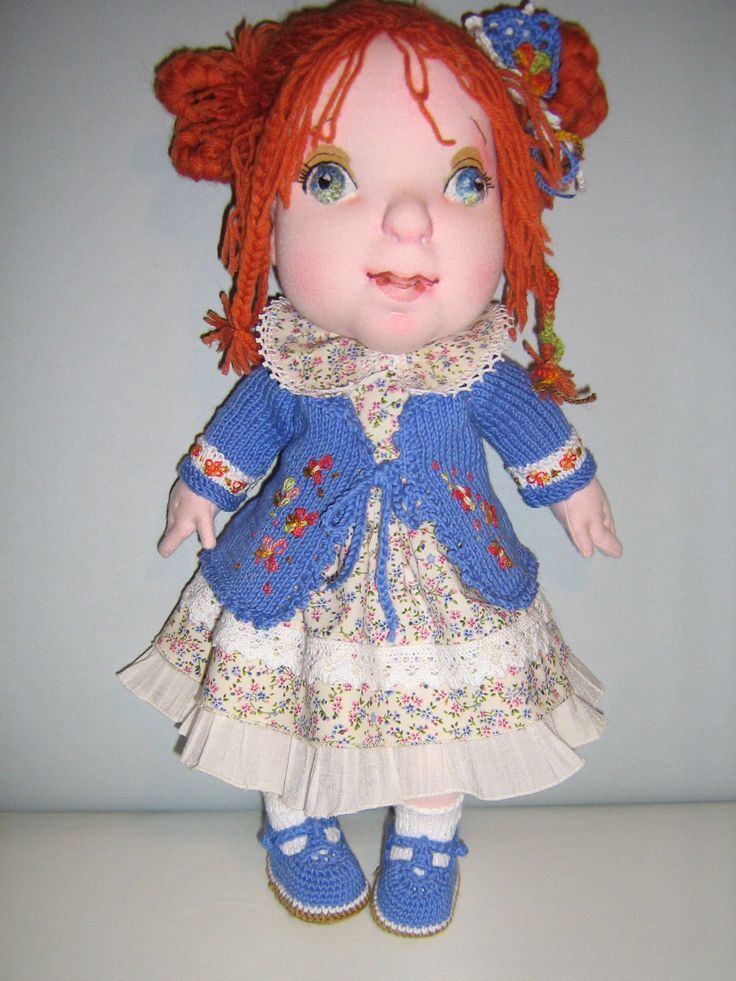 """!5"""" OOAK soft sculpted cloth doll with complet handmade removable wardrobe."""